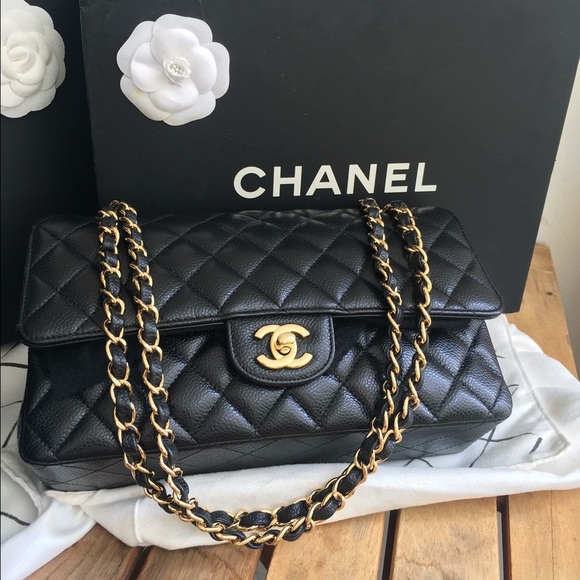 8% off CHANEL Handbags