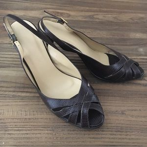 Ellen Tracy Brown Slingbacks
