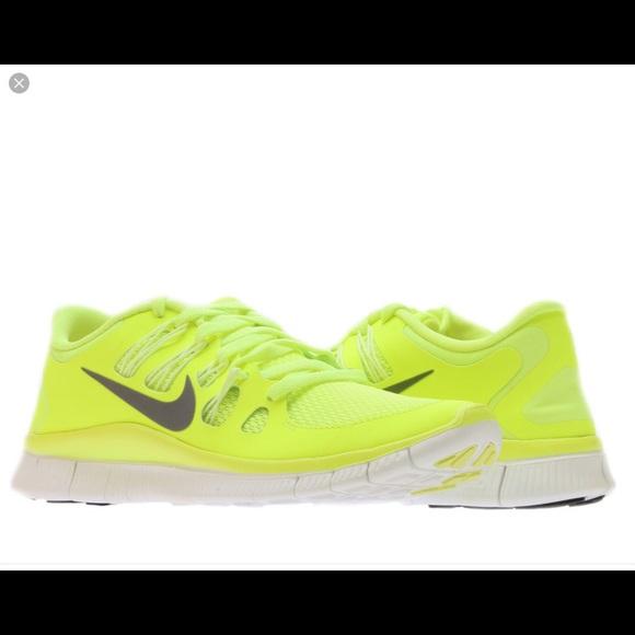 455f66d51720ed Nike Free Run 5.0 neon yellow tennis shoes. M_57d6edf84127d0d8f8007903