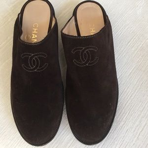 Chanel Brown Suede Clogs/Mules with Embroidered CC