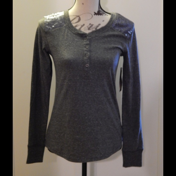 Route 66 Tops - NWT Charcoal Gray Henley with Sparkle Shoulders XS