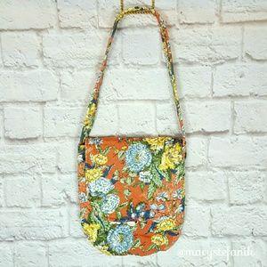 VINTAGE 70s Floral Quilted Shoulder Bag