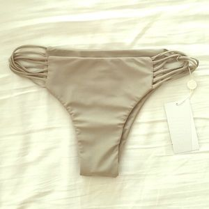 Mikoh Other - NWT Mikoh knot bottoms in grey