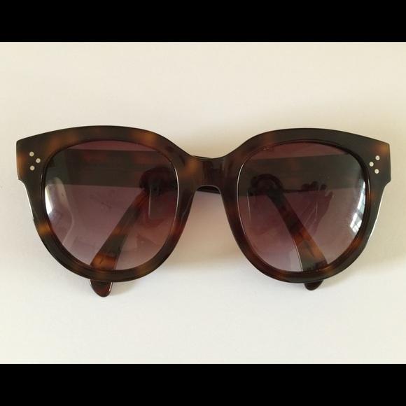 4977e4689d8 Celine Accessories - Authentic Céline Audrey - Asian fit.