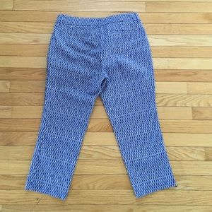 Willi Smith Pants - Beautiful Blue & White Design Capris
