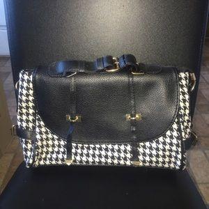 Handbags - Houndstooth Shoulder Bag