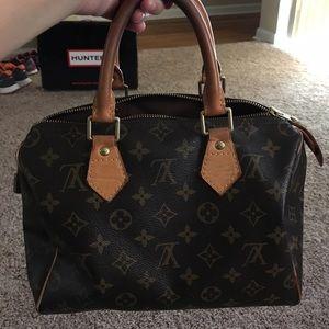 Louis Vuitton Handbags - Louis Vuitton Speedy 25
