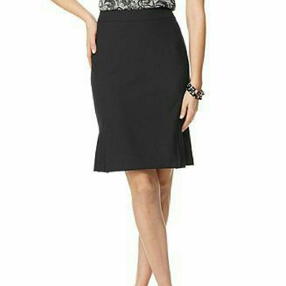 6e7c55c6889 Tahari ASL Petite Side-Pleated Black Pencil Skirt