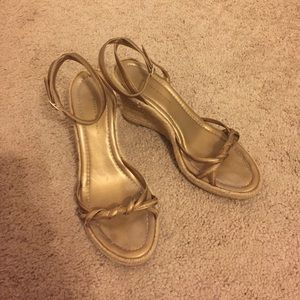 Banana Republic gold ankle wedge
