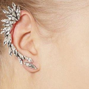 Jewelry - 🛍🎉HP🎉Crystal Spike Cuff