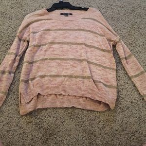 Light pink, thin sweater