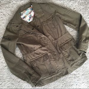 O'Neill Jackets & Blazers - 🎉HP🎉Army Green O'Neill Utility Jacket-Like New!!