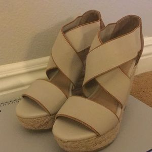 Wedge woven sandals