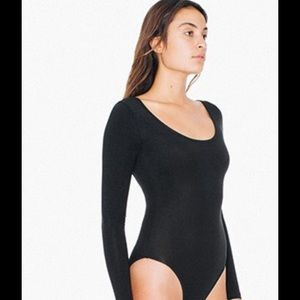 1left large !!!!Long  sleeve bodysuit AA❤️🌲