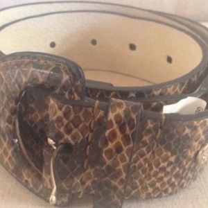 Jessica Simpson Accessories - NEW Lizard imprinted real leather belt
