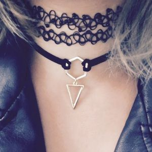 New! Black suede choker w geometric pendants