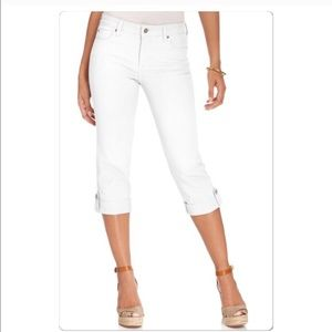 NYDJ Denim - NWT white Capri denim Not Your Daughter Jeans 24W