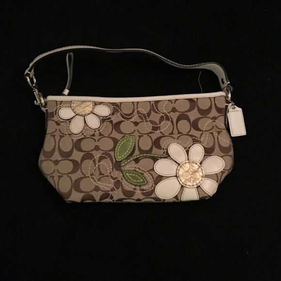 Coach Bags   Flower Appliqu Purse   Poshmark 92a5520306
