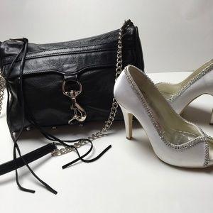 Rebecca Minkoff Handbags - Gorgeous Black Leather Tassel Crossbody💋