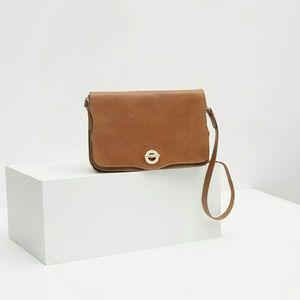 Zara leather messenger bag  (8094)