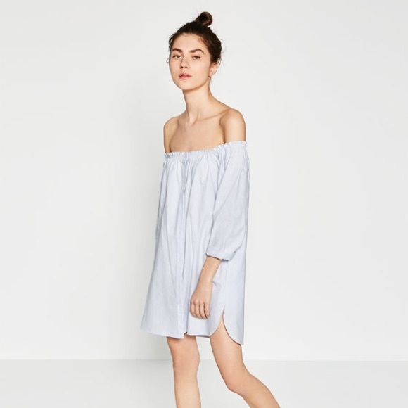 841bac6c48d61 Zara off shoulder dress XS in white and blue. M 57d7e1137fab3acd4904641b
