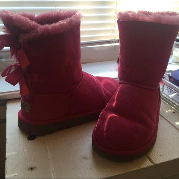 buy pink uggs