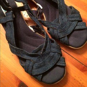 Shoes - Comfy Denim Sandals. Size 8 1/2. Must be Bundled