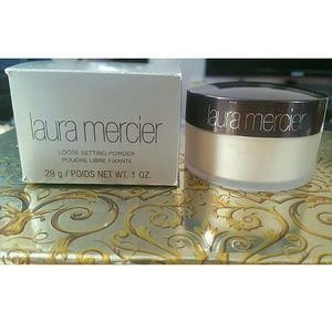 ♔Laura Mercier Loose setting powder