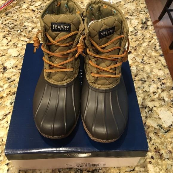 Saltwater Quilt Boot Olive   Poshmark