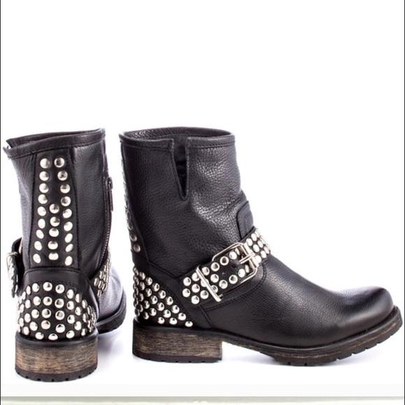 62a7969b021 Steve Madden FRAANKIE black leather studded boots.  M 57d8570a56b2d63ba800a255