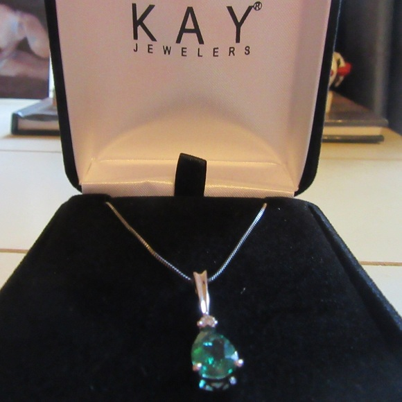 32 off kay jewelers jewelry emerald diamond necklace. Black Bedroom Furniture Sets. Home Design Ideas