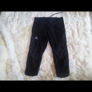 Salomon Pants - Salomon Endurance 3/4 Compression tights - women's