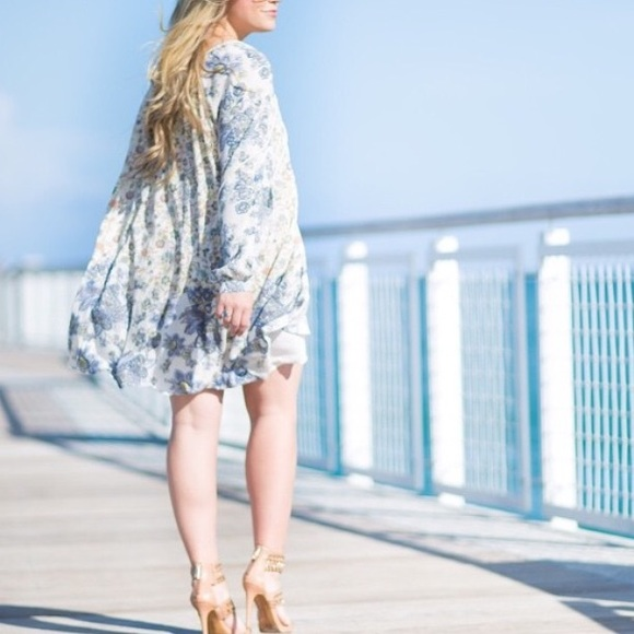 Free People Dresses - RESERVED✖️Free People Paisley Tunic Dress