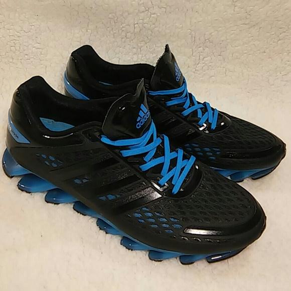 51eddca07dfc Adidas Other - Adidas SlingBlade 12