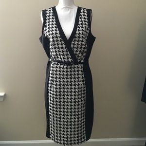 Shelby and Palmer Dresses & Skirts - Women Attire