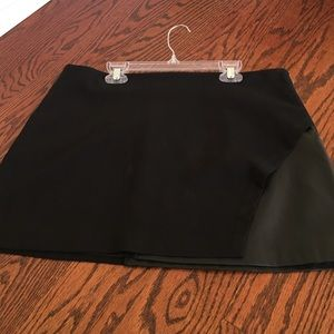 Forever 21 black mini skirt with leather