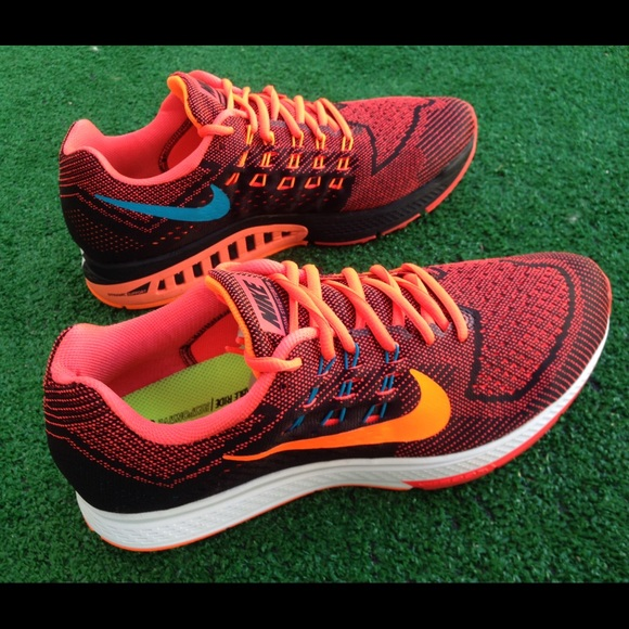 the latest 85311 bc317 🌺HP🌺 Men s Nike Air Zoom structure 18 sneakers