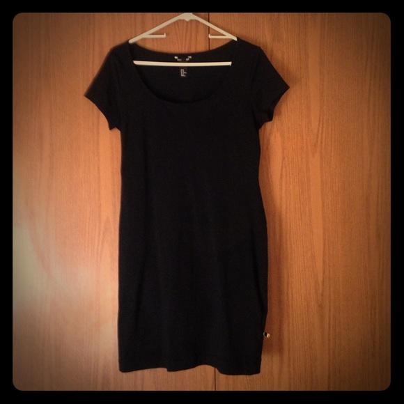 e8bda4cd9c H M Dresses   Skirts - H and m plain black t shirt dress