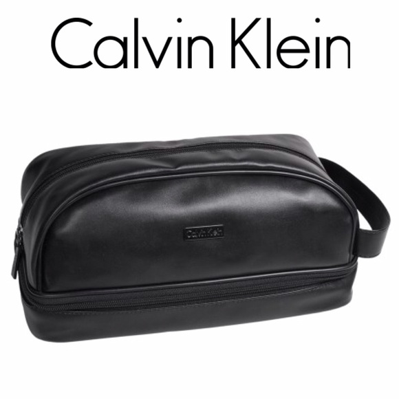 ddb8d142774fd Calvin Klein Dopp Kit