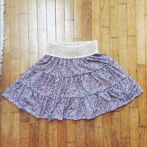 Vintage Dresses & Skirts - Lovely Floral Mini Skirt