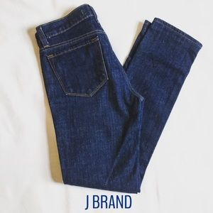 NEW J Brand Pencil Straight Dark Denim Jeans Sz 26