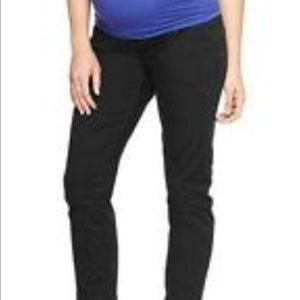 Size 2/26 Short Gap maternity pants
