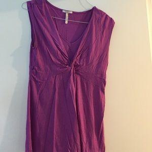 Purple maternity sleeveless top shirt size medium