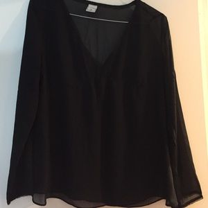 Maternity black old navy long sleeve medium blouse