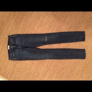 Madewell Skinny (tall) ripped Denim size 24