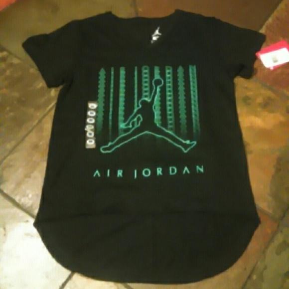 64748a7e5aa124 Brand new air Jordan girls graphic tee