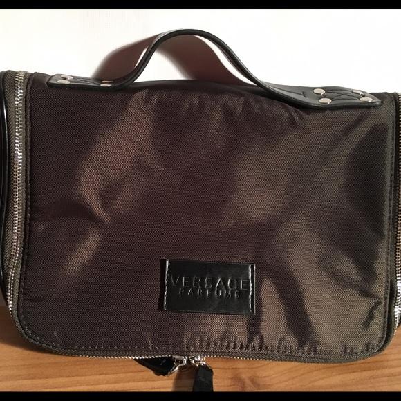 4c82ec4c34 Versace Parfums bag. M 57d8cdbc78b31c214301be3e