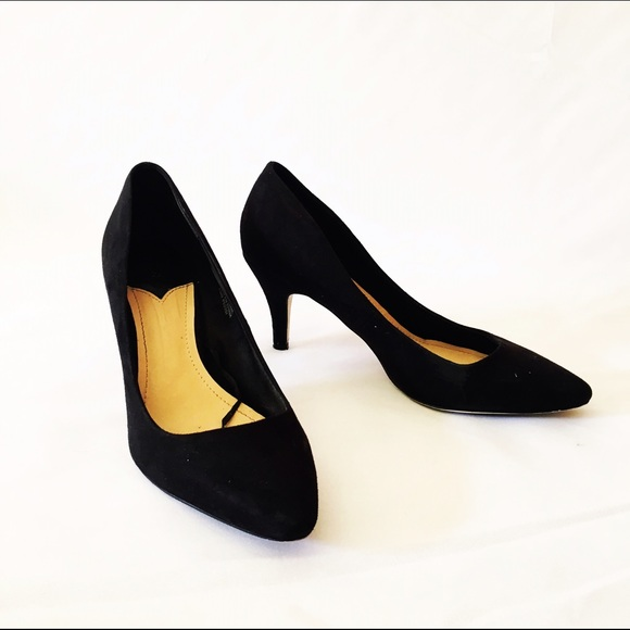 9082cfe10bd3 H M Shoes - H M black suede mid heel pointy pumps