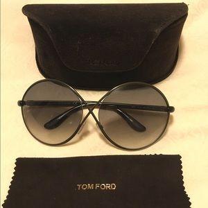 756435a9f7acb Tom Ford Accessories - Tom Ford Beatrix Round Sunglasses