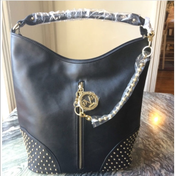 55bfb89baba Versace Bags   Price Firm Price Dropped Tote Italy Made   Poshmark